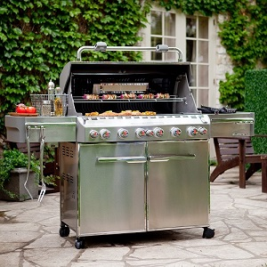 GRILLS, COOKERS & ACCESSORIES